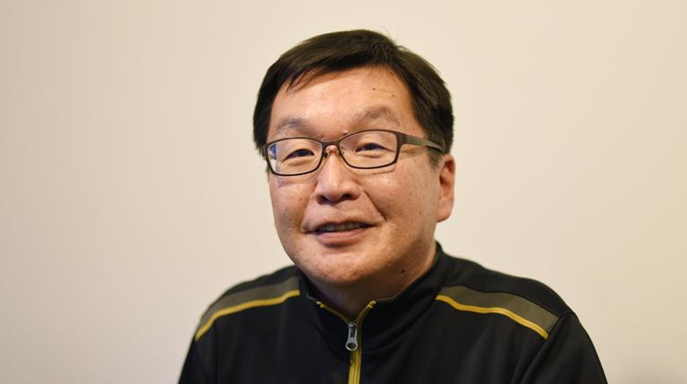 日本おはじきサッカー協会 会長 鴻井(こうい)建三氏の写真